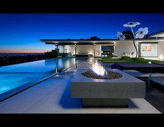 matthew perry's hollywood home