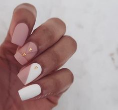 Stylish Winter Short Square Nail Designs To Copy This Season; Best Acrylic Nails, Matte Nails, Pink Nails, My Nails, Stylish Nails, Trendy Nails, Square Nail Designs, Short Square Nails, Girls Nails