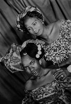 """http://tinyurl.com/bgd7evv for more pictures, � Photo Mama Casset,  series �African Photo"""" ca. 1950, courtesy Revue Noire Galerie"""