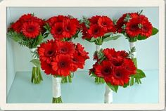 red wedding bouquets   Red Wedding Flowers - bright symbols of good luck for your wedding