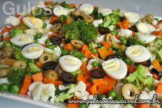 Receita de Salada de Brócolis e Cenoura Vegetarian Recipes, Cooking Recipes, Healthy Recipes, Portuguese Recipes, Salad Recipes, Good Food, Easy Meals, Food And Drink, Veggies