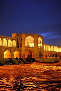 See-o-seh-pol, Isfahan, Iran