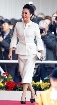 Peng Liyuan, la estilosa Primera Dama de China, conquista Londres