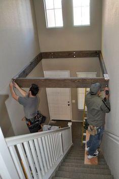Verwandele den toten Raum über einer Treppe in ein Spielzimmer.