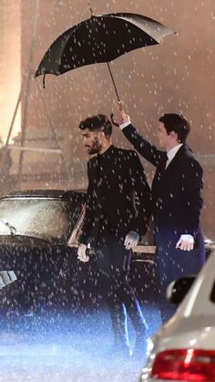 ZAYN Looking like the angel he is on the set of the I Don't Want To Live Forever music video in London