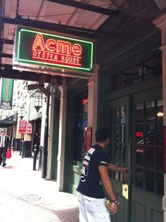 Acme Oyster House, French Quarter, New Orleans
