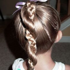 http://2010haircuts.blogspot.com/2011/04/little-girl-hairstyles-easy-twist.html?m=1