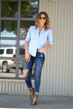 baby blues, blue menswear shirt gap, distressed skinny jeans, ripped, zara lace up black heels, ombre hair, aviator sunglasses, what to wear this weekend, easy chic outfit4