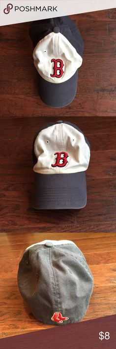 Boston Red Sox Fitted Hat Boston Red Sox - Fitted - Size Small Accessories Hats