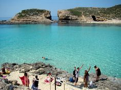 What to do in #Malta | Visit Comino | Mike & Jess in Malta