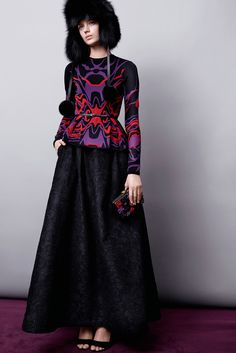 http://www.style.com/slideshows/fashion-shows/pre-fall-2015/elie-saab/collection/16