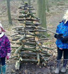 What is Forest School – TRIBE Forest Kids – natural playground ideas Forest School Activities, Nature Activities, Outdoor Activities, Outdoor Classroom, Outdoor School, Forest Classroom, Outdoor Education, Outdoor Learning, Outdoor Art