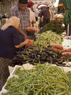 Fruit and Vegetable Market, Amman, Jordan. Photo: Christian Kober
