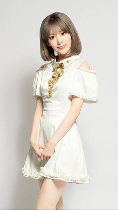 Sakura Miyawaki, The Wiz, Winwin, Girl Crushes, One Pic, Yuri, My Idol, Flower Girl Dresses, Short Sleeve Dresses