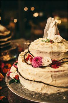 homemade wedding cake with floral accents and twine #weddingcake #rusticweddingcake #weddingchicks http://www.weddingchicks.com/2014/02/05/california-rustic-farm-wedding/