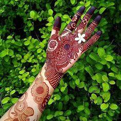 Legs Mehndi Design, Mehndi Designs Book, Mehndi Designs For Girls, Mehndi Designs For Beginners, Mehndi Design Photos, Beautiful Mehndi Design, Mehndi Designs For Hands, Mehndi Style, Mehndi Images