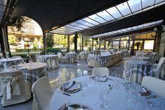 Ampie sale accolgono reception, hall e snack bar, sempre disponibili per gli ospiti dell'hotel; ristorante, sala colazione, sala musica con pianoforte, sala da the, sono la piacevole cornice del soggiorno in hotel a Montecatini.