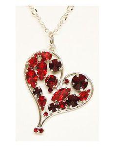 colgante corazón con cristales de Swarosky, en kunsento.com, regalos para mujeres, especial San Valentín