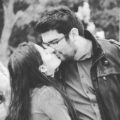E msm que nas nossas vidas todos os telhados caiam eu tenho você e do nosso amor a gente é que sabe! : #saudade #amoRR by rkdahora