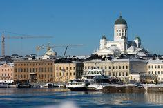 Kauppatorin ranta, Helsinki by Aili Alaiso