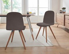 andas Lederstuhl »stick classic« in walnut oder white oak Massivholz Jetzt bestellen unter: https://moebel.ladendirekt.de/kueche-und-esszimmer/stuehle-und-hocker/holzstuehle/?uid=4754af95-0787-5949-9b8c-e6b57ea3bce1&utm_source=pinterest&utm_medium=pin&utm_campaign=boards #stühle #kueche #holzstuehle #esszimmer #hocker #stuehle