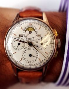 1940s Universal Geneve Tri-Compax moonphase