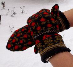 hand knited ethnic style  mittens patterned door peonijahandmadeshop