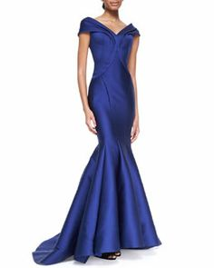 B2KT8 Zac Posen Seamed Off-Shoulder Drape Gown