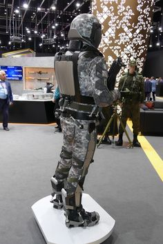 Combat Suit, Combat Helmet, Military Armor, Military Insignia, Powered Exoskeleton, Futuristic Armour, Cool Technology, Wearable Technology, Future Soldier