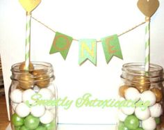 FREE SHIPPING mint green & gold  Cake  bunting banner, Topper with mint green and white straw and gold heartstraw. 1st birthday , Smash Cake