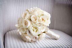 bukiet ślubny: róża, eustoma,