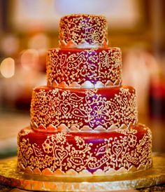 Henna/Mehndi Asian Indian Wedding Cake Indian Cake, Indian Wedding Cakes, Amazing Wedding Cakes, Amazing Cakes, Pretty Cakes, Beautiful Cakes, Cake Cookies, Cupcake Cakes, Cupcakes