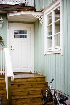 Country Style, Farmhouse Style, Us White House, House Front Design, House Entrance, Baseboards, Scandinavian Interior, Shed, New Homes