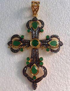 Stunning 2.10cts Rose Cut Diamond Emerald Silver Religion Cross Pendant Jewelry #DiamondJeweleryWorld #HandMadeDiamondGemstoneCrossPendant