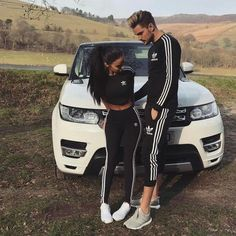 Find images and videos about love, outfit and couple on We Heart It - the app to get lost in what you love. Couples Assortis, Cute Couples Goals, Couple Goals, Tumblr Couples, Matching Couple Outfits, Matching Couples, Cute Relationship Goals, Cute Relationships, Couple Relationship
