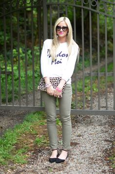 9.13 pardon moi (ASOS sweater + J Crew pants + Windsor Store flats + Clare Vivier clutch + Prada sunnies + ILY Couture earrings + J Crew, Stella & Dot bracelets + MAC 'candy yum yum' lips) <<Little Miss Fearless