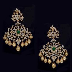 #goldearrings #goldearringsforwomen❤ #goldearringsph #earrings Indian Jewelry Earrings, Jewelry Design Earrings, Gold Earrings Designs, Gold Jewellery Design, Ear Jewelry, Bridal Earrings, Wedding Jewelry, Fine Jewelry, Jewelry Model
