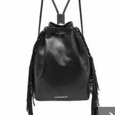 Victorias secret purse Nwt victoria secret purse Victoria's Secret Bags Shoulder Bags