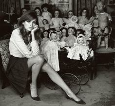Jean Shrimpton — What is it That Makes a Woman Elegant? | Iconically rare ~