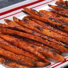 Sweet Potato Recipes Healthy, Vegetable Recipes, Healthy Snacks, Vegetarian Recipes, Cooking Recipes, Healthy Recipes, Healthy Fries, Healthy Sweets, Making Sweet Potato Fries