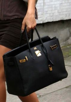 another of frankie sandford's hermes birkins, this one in black. #bagporn