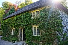 Fancy - Cottage House Style: 18 Enchanting Getaways We'd Love To Visit (PHOTOS)