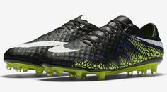 premium selection 413c0 f17b5 Nike Hypervenom Phinish II FG Mens Size 10.5 Soccer Cleats BOOTS 749901-017  for sale online   eBay