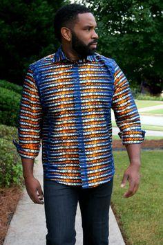 «La mode africaine moderne», c'est l'image qu'entend donner la marque Mélange Mode basée à Atlanta aux Etats-Unis. Mélange Mode a une signature très reconnaissable: les jupes évasées taille haute. On peut même dire que c'est à 90% le type de produits que propose la marque. Longueur courte, longueur genou, maxi jupe,…on en trouve de tous ...