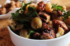 Grilled Octopus with Cauliflower, Gordal Olives, Pimentón Calamari Recipes, Shrimp Recipes, Squid Recipes, Sea Food Salad Recipes, Healthy Recipes, Tapas Recipes, Spanish Recipes, Grill Recipes, Free Recipes