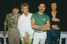 John Deacon Roger Taylor Freddie Mercury and Brian May in Rio to perform at the Rock in Rio festival Brazil January Queen Freddie Mercury, Save The Queen, I Am A Queen, Queen Queen, Rio Festival, Queen Drummer, Rock In Rio, Interview, Roger Taylor