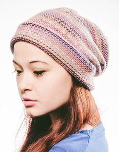 Women's knit slouchy beanie