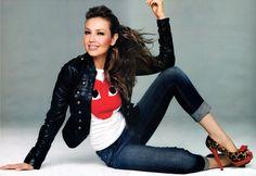 Thalia…I want the jacket! Thalia Sodi Collection, Color Splash Photo, Mexican Actress, Latina Girls, Comme Des Garcons, Sweater Fashion, Celebrity Photos, Casual Looks, Ideias Fashion