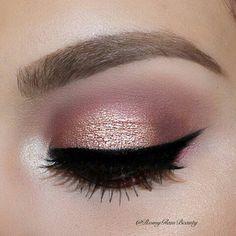 Rose gold eye