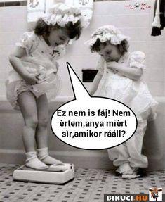 Van valakinek ötlete? Vicces képek  #humor #vicces #vicceskep #vicceskepek #humoros #vicc #humorosvideo #viccesoldal #poen #bikuci Minion Humor, Percy Jackson Memes, Funny Video Memes, Laughing So Hard, Bff, Jokes, Positivity, Random, Lol